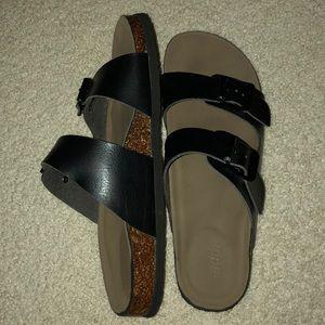 Madden NYC sandals